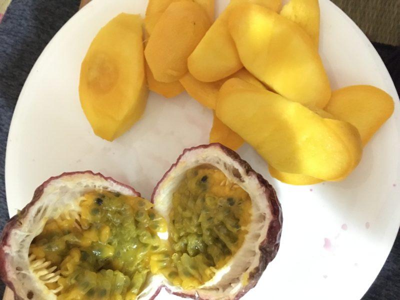 モルディブ産パッションフルーツとマンゴー