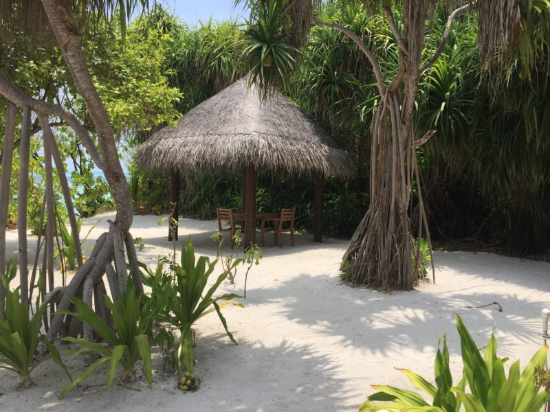 Hideaway beach resort- sunset beach villa- private garden