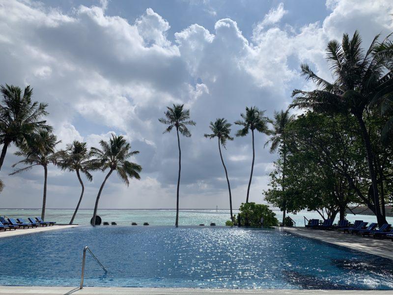 Meeru island resort - adult pool