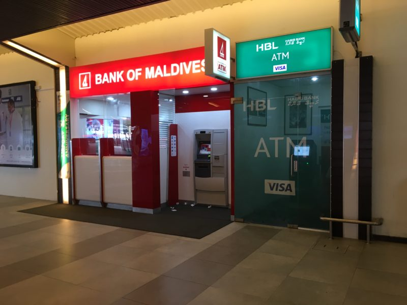 Male' international airport- money exchange